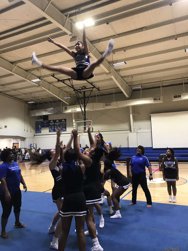 2019-2020 Cheerleaders Flying High